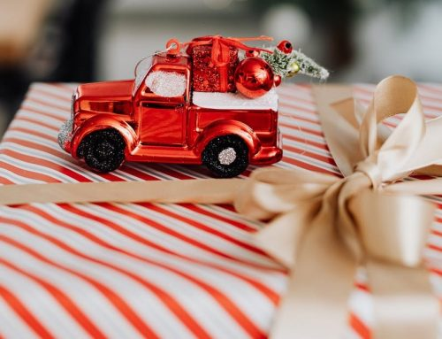 Last Minute Christmas Gifts for a Classic Car Enthusiast