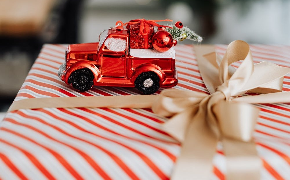 Christmas Gifts for a Classic Car Enthusiast