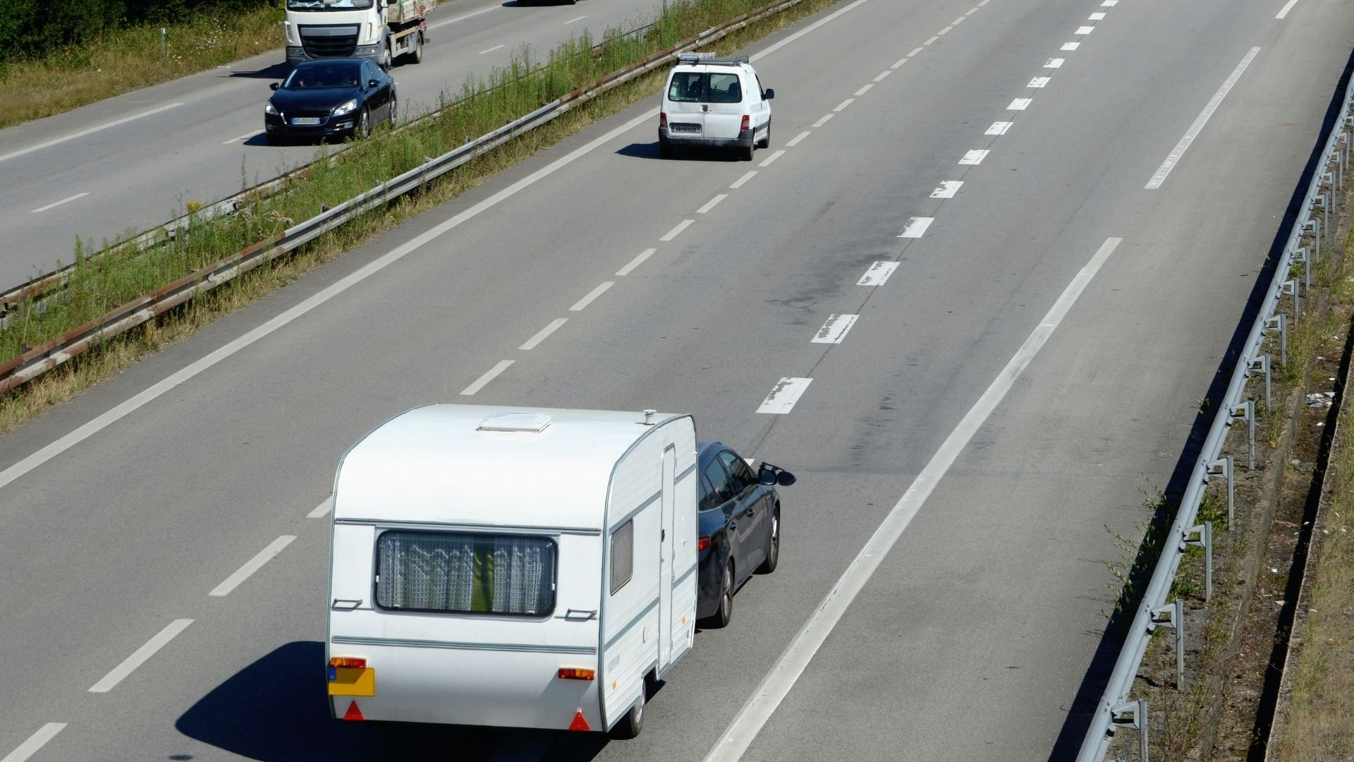 New Rules For Caravan Towing